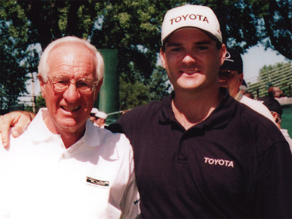 """Jim Flick (Instructor to the PGA touring stars) - """"Chuck's impressive display of entertainment is simply awesome."""""""